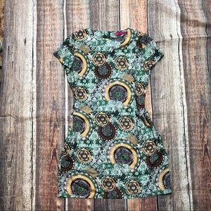 Boohoo shift dress, zipped back, sz 6